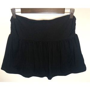Old Navy small black stretchy skirt with pockets